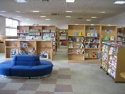 公民館-図書室